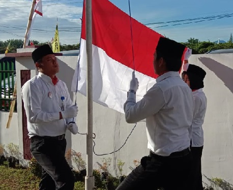 Upacara Bendera HUT Republik Indonesia Ke 74